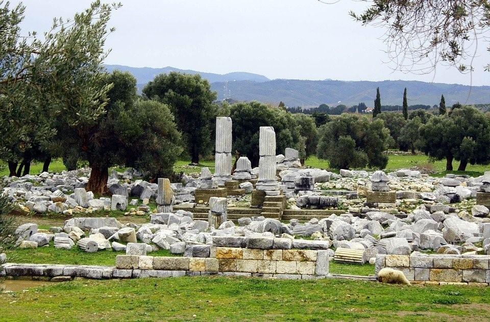 Kartka z historii wina – artyści Dionizosa z Teos
