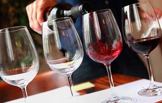Jak wybrać dobre wino czerwone?