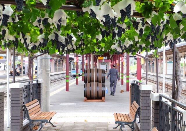 Winne ciekawostki - wino ze stacji kolejowej.