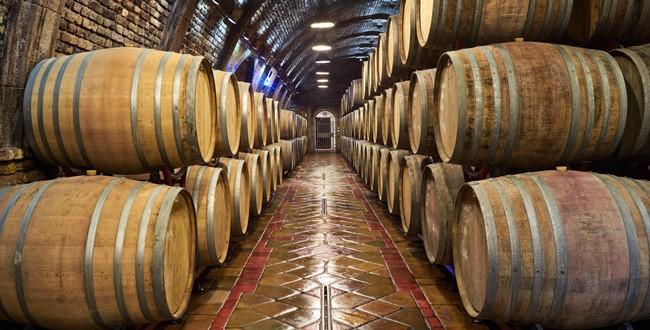 Wino będzie droższe przez ceny beczek.